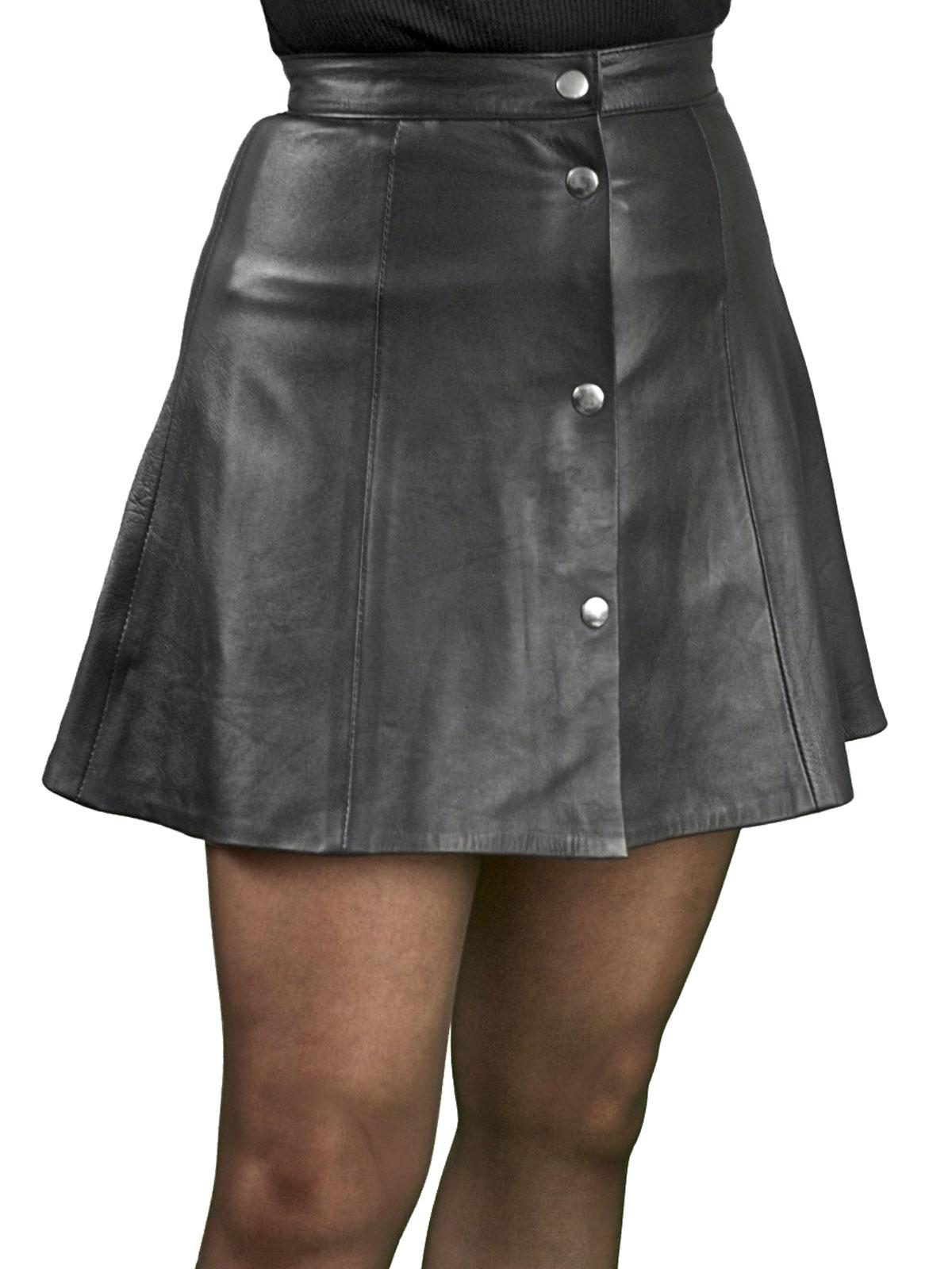 Black Soft Leather Skater Mini Skirt Tout Ensemble